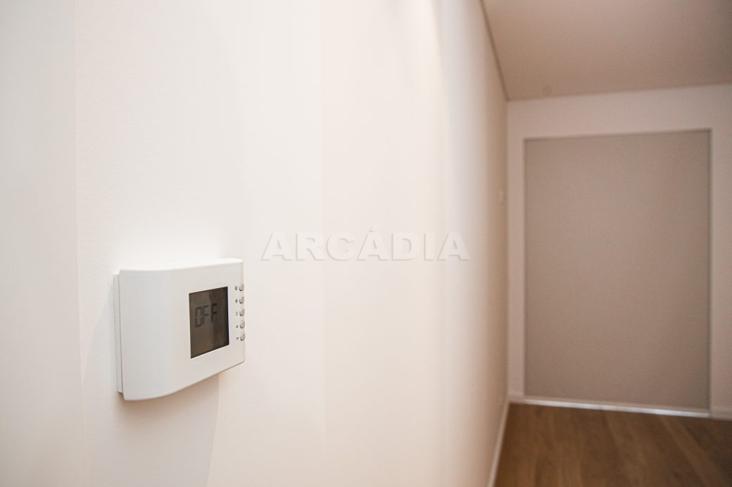 Arcadia-Imobiliaria-T2-Piso-2-Luxo-Av-Central-Braga-8-intercomunicador