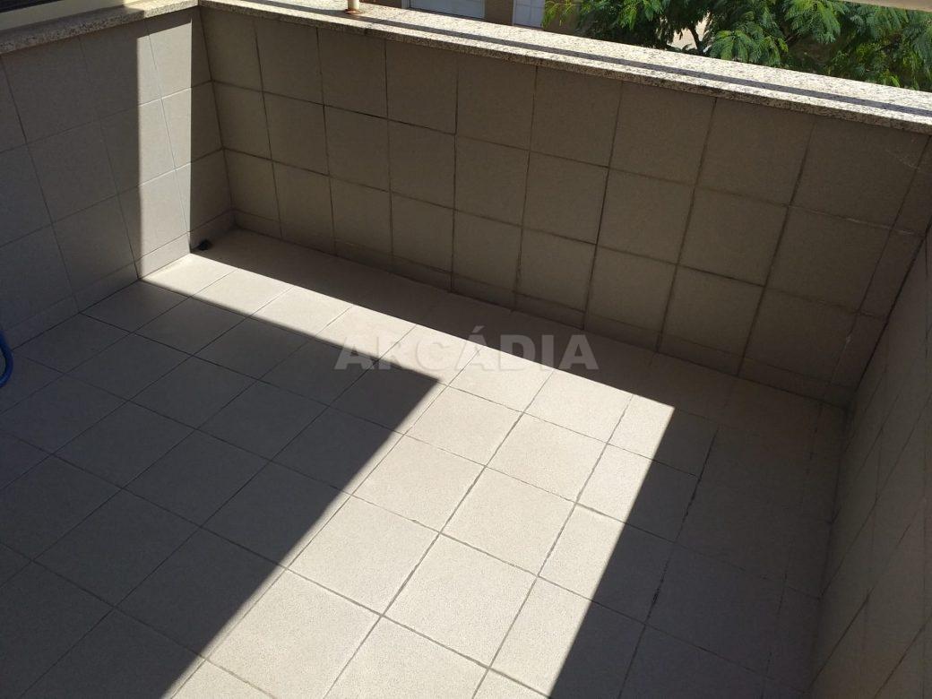 arcadia-imobiliaria-T3-com-boas-areas-perto-central-camionagem-3-terraco
