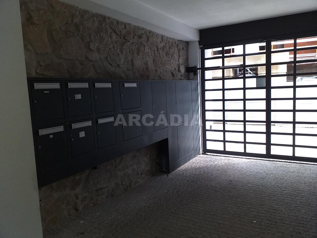 Arcadia-Imobiliaria-T1-Novo-Arrendar-Braga-Sao-Vicente-1-entrada