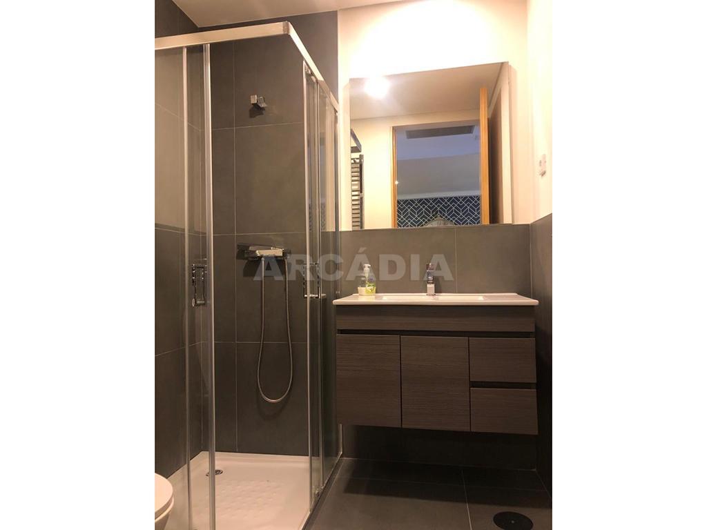 Arcadia-Imobiliaria-T1-Novo-Arrendar-Braga-Sao-Vicente-WC