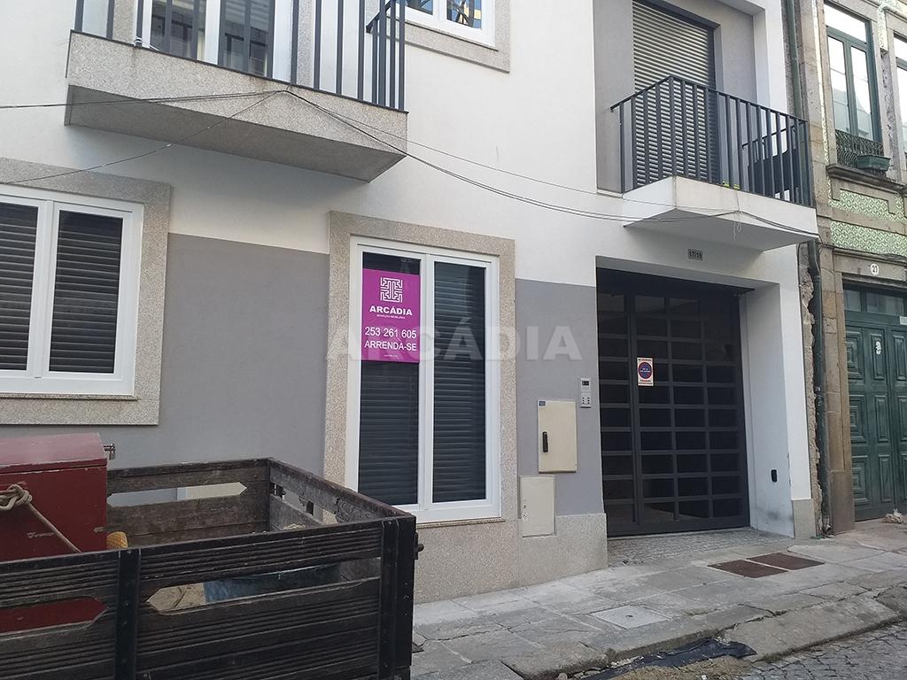 Arcadia-Imobiliaria-T1-Novo-Arrendar-Braga-Sao-Vicente-exterior