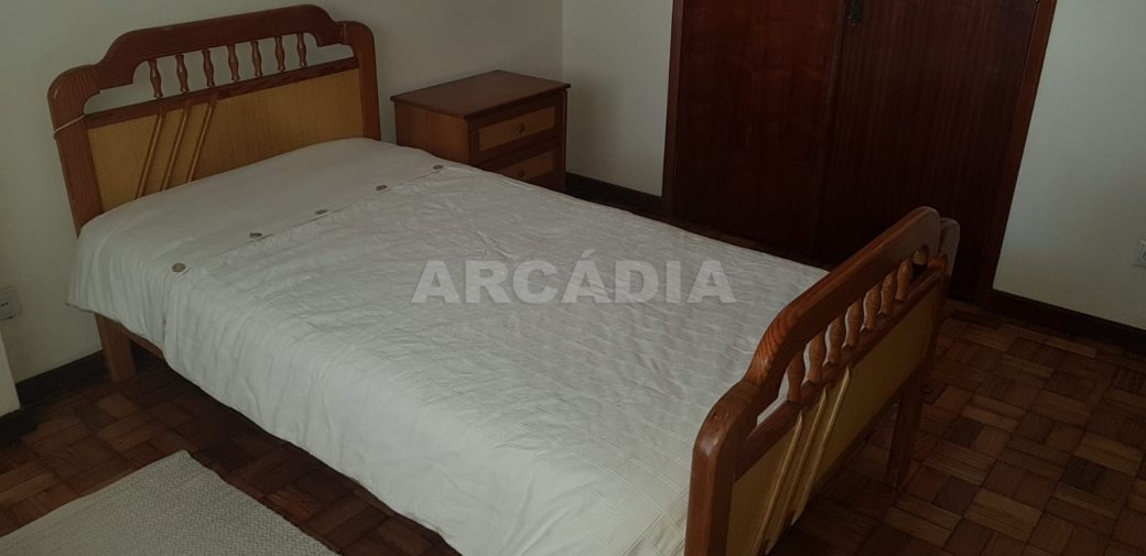 arcadia-imobiliaria-t2-para-arrendar-em-sao-vitor-4-quarto3