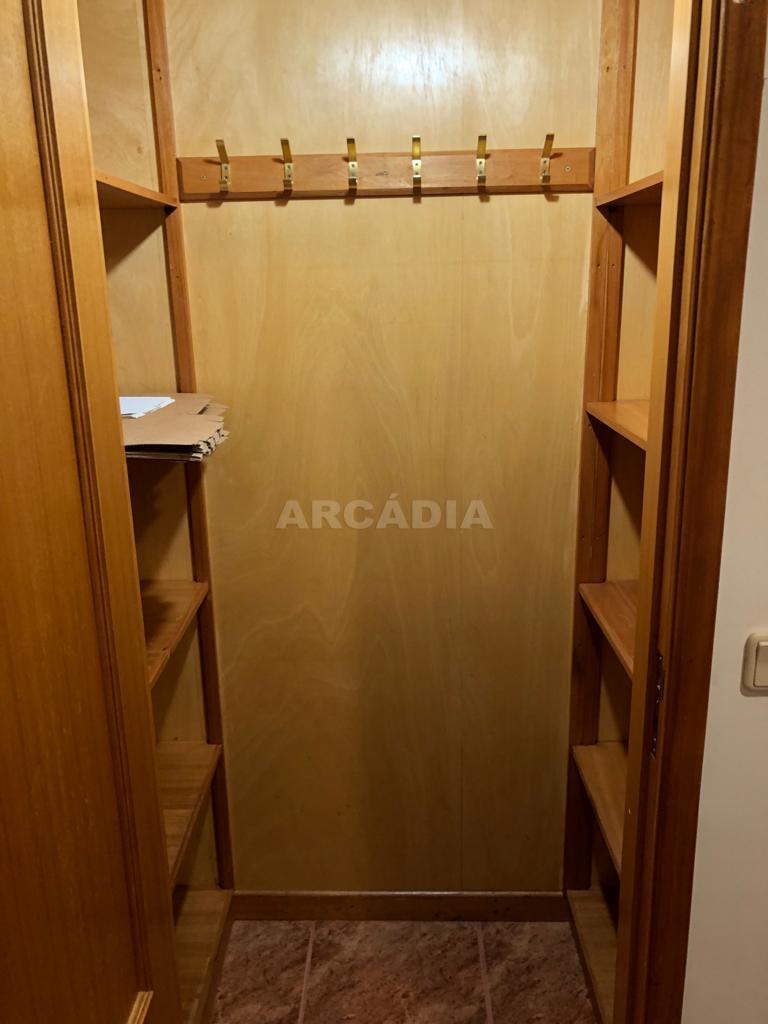 arcadia.imobiliaria.apartamento.t2.lamacaes.com.garagem.individual.18