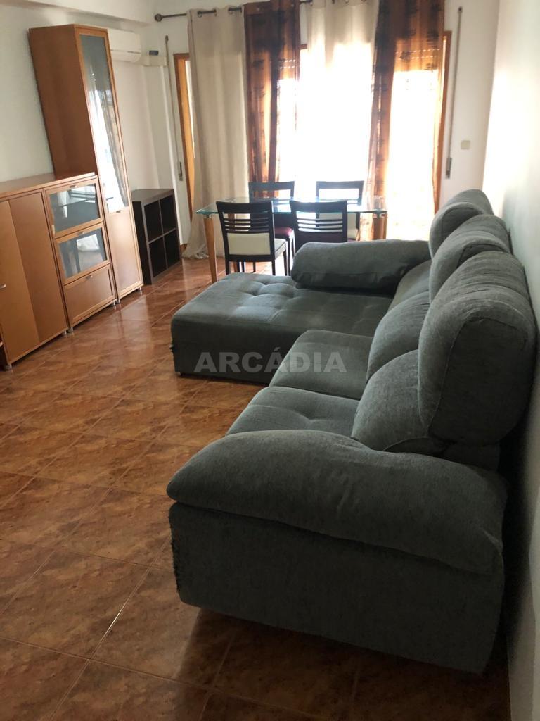 arcadia.imobiliaria.apartamento.t2.lamacaes.com.garagem.individual.2