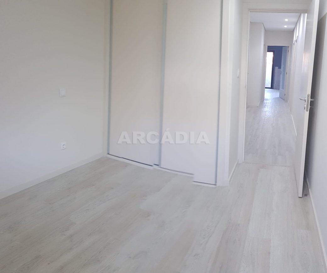 arcadia-imobiliaria-braga-apartamento-tipo-3-arrendamento-sao-lazaro-remodelado-excelente-preco-unica-oportunidade10