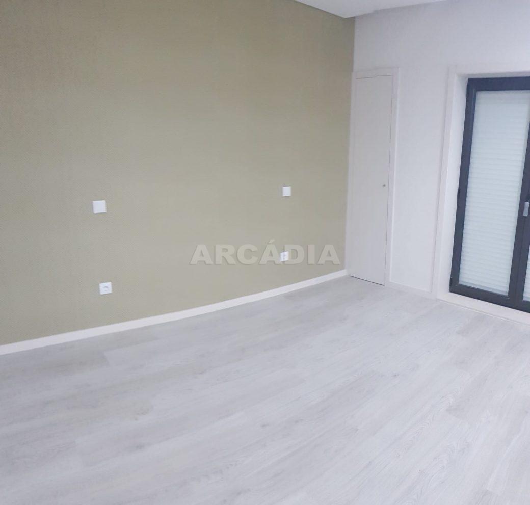 arcadia-imobiliaria-braga-apartamento-tipo-3-arrendamento-sao-lazaro-remodelado-excelente-preco-unica-oportunidade11
