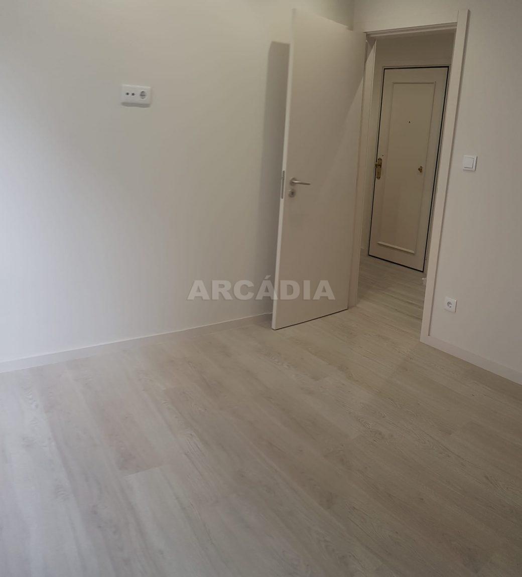 arcadia-imobiliaria-braga-apartamento-tipo-3-arrendamento-sao-lazaro-remodelado-excelente-preco-unica-oportunidade23