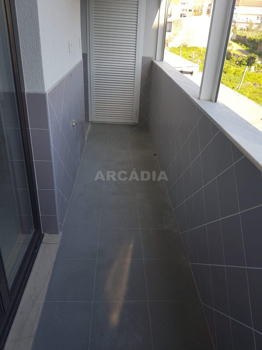 arcadia-imobiliaria-braga-apartamento-tipo-3-arrendamento-sao-lazaro-remodelado-excelente-preco-unica-oportunidade28