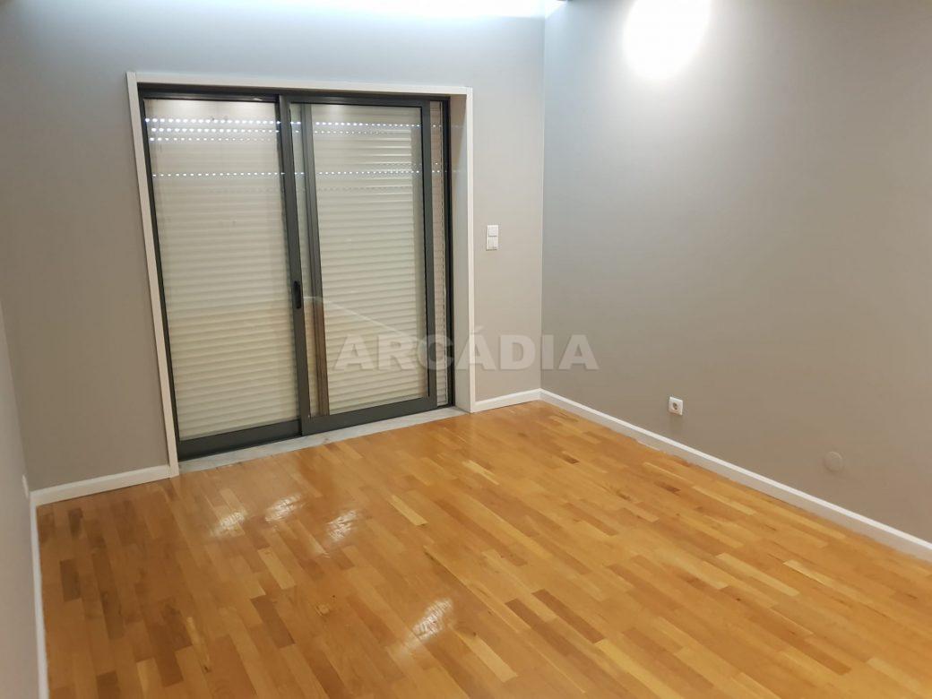 arcadia-imobiliaria-braga-sao-vitor-apartamento-moderno-central-com-garagem-11