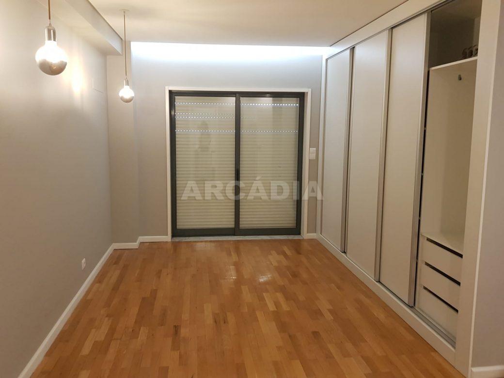 arcadia-imobiliaria-braga-sao-vitor-apartamento-moderno-central-com-garagem-17